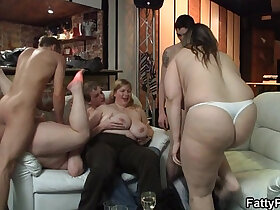 chubby porn - Chubby party girl gives head and boned from behind