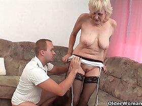 facials porn - Grandma in stockings gets facial
