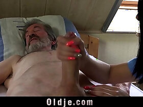car porn - Sexual young care for a poor old man