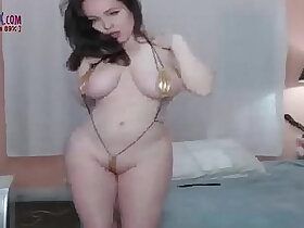 amateur porn - Super HOT Busty big booty amateur on cam