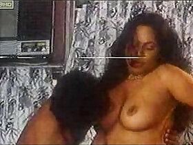 aunty porn - Sindu Aunty Office Standing Sex Uncensored
