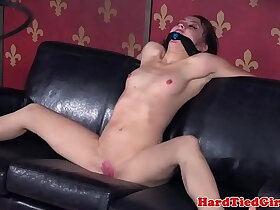 bald pussy porn - Spreadeagle bdsm sub bound and toyed
