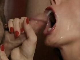 facials porn - Mature blows guys for facials