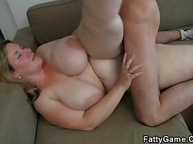 chick porn - He easily seduces fat chick