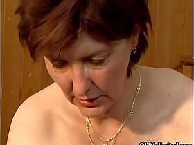 aggressive porn - Dirty mature woman going crazy getting