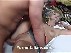 blonde porn - Bionda matura affamata di cazzo duro scopa Mature blonde hungry for hard dick