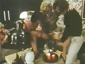 goldenshower porn - CC Bestsellers Vintage piss parties