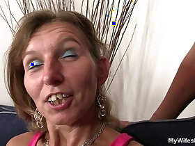 ass porn - She watches her old mom gets his ass fucked