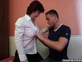 granny porn - Mom reveals her slutty side