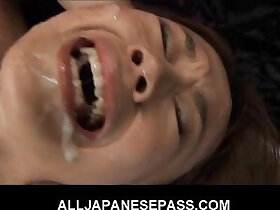 babe porn - This fine Japanese babe in stockings gets a hot bukkake