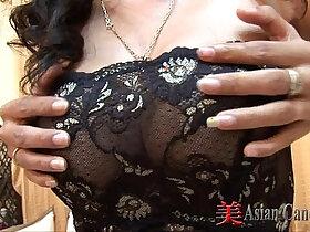 asian porn - Thai Girl Minta Blowjob