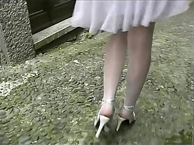 amateur porn - Hot amateur busty brunette flashing her legs and pussy before an outdoor blow job