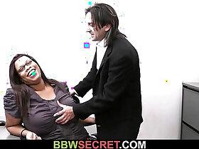 boss porn - Married boss seduces his fat ebony secretary