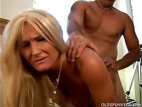 enjoying porn - Glamorous grandma enjoys a sloppy rimjob