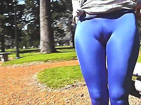 ass porn - Round Ass Teen In Ultra Tight Spandex Showing Cameltoe In Public!