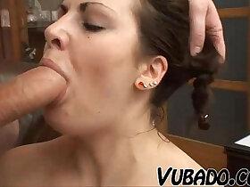 couple porn - NATURAL COUPLE FUCKS AT HOME !!