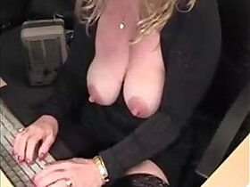 amateur porn - big nipples big clitoris busty mature blonde amateur squirts