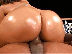 ass porn - Carol big ass oiled