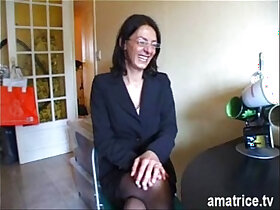 mature porn - Mature gets fucked in stockings