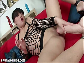 brutal porn - Courtney stretches her wet pussy and mouth with brutal dildos